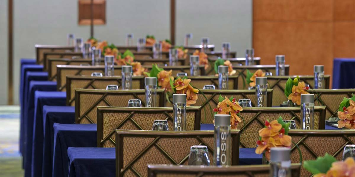 Host A Conference In Shanghai, Mandarin Oriental Pudong, Prestigious Venues
