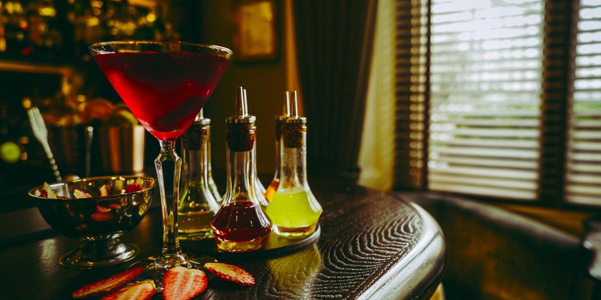 Cocktail Bar, The Hyde Bar, The Royal Park Hotel, Prestigious Venues