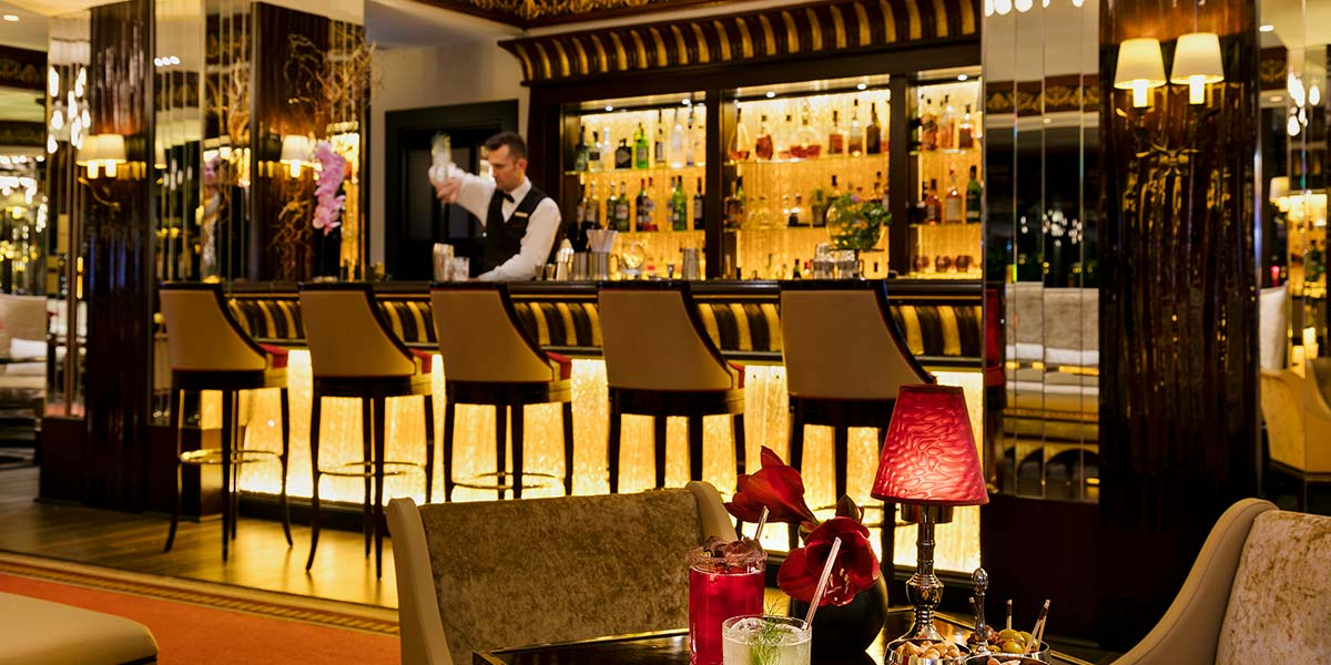 Bar in Cannes, Hotel Barriere Le Majestic Cannes, Prestigious Venues