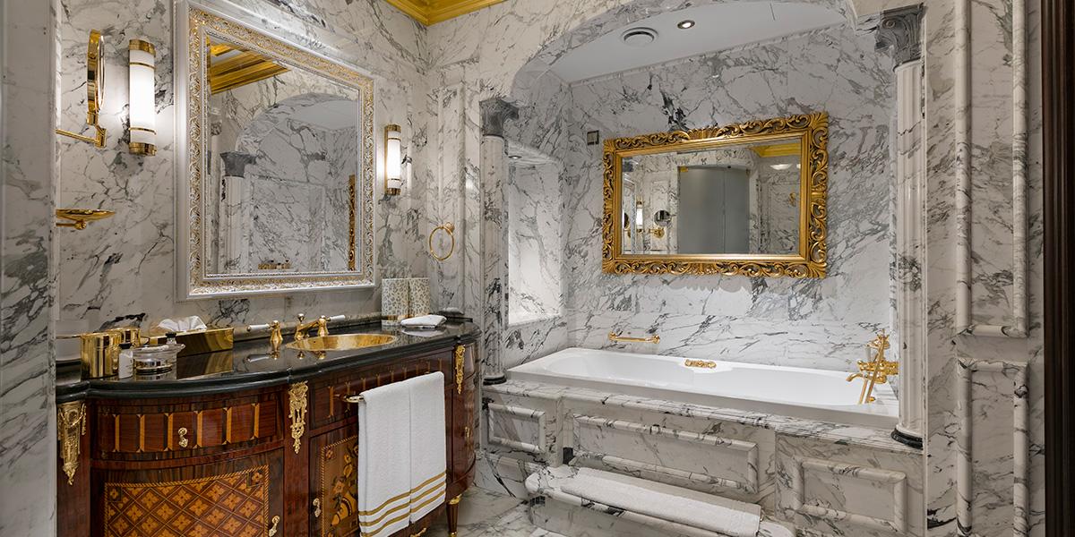 King Suite Bathtub, Titanic Mardan Palace, Prestigious Venues